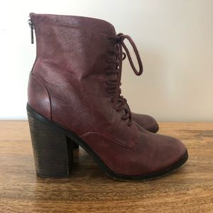 Shoemint Shoes - Shoemint Erin Lace Up Booties in Wine Size 8